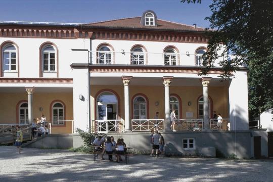 Jugendherberge Landshut im Balsschlösschen