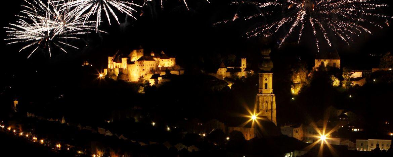 Feuerwerk über Burghausen