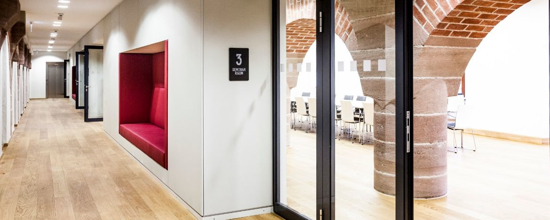 Moderner Seminarbereich in der Kultur|Jugendherberge Nürnberg