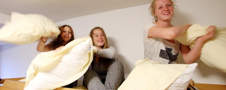 Kissenschlacht in der Jugendherberge List auf Sylt
