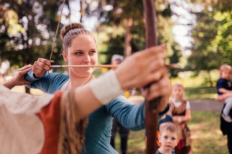 Bogenschießen im Minitou Wildwest-Camp Kretzschau