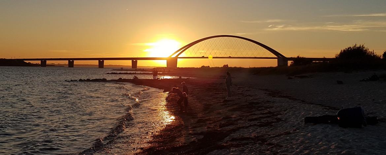 Fehmarnsund-Brücke im Abendlicht