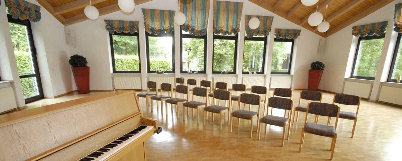 Musiksaal der Jugendherberge