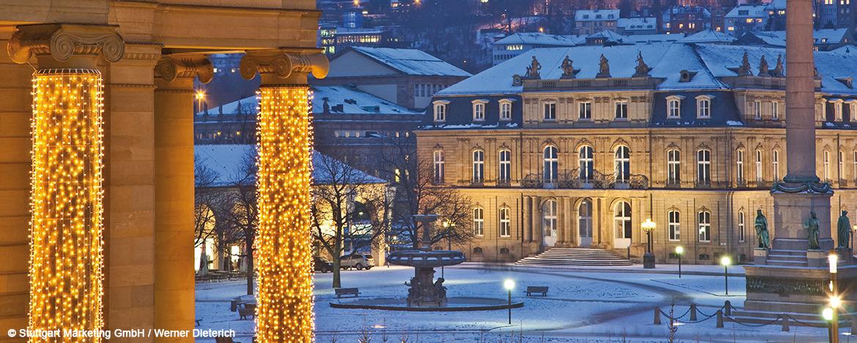 Schlossplatz Winterabend