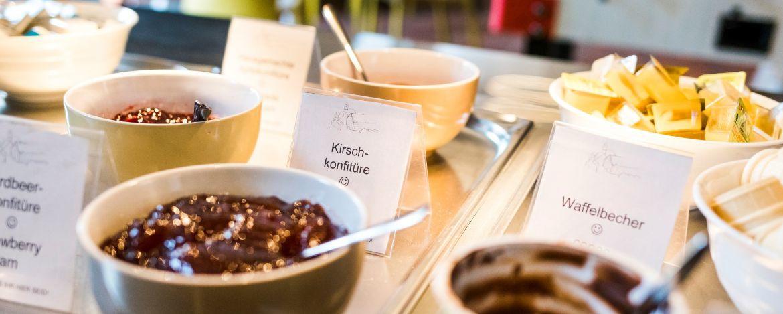 Nahrhaftes Bio-Frühstück in der Jugendherberge Dinkelsbühl