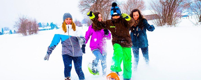 Familienurlaub im Winter am Alpenrand