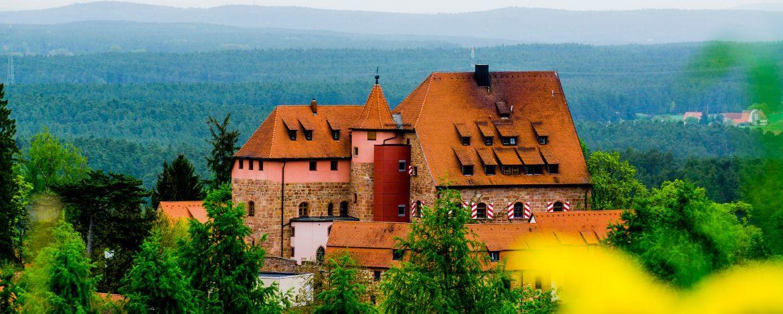 Klassenfahrt in die Jugendherberge Burg Wernfels