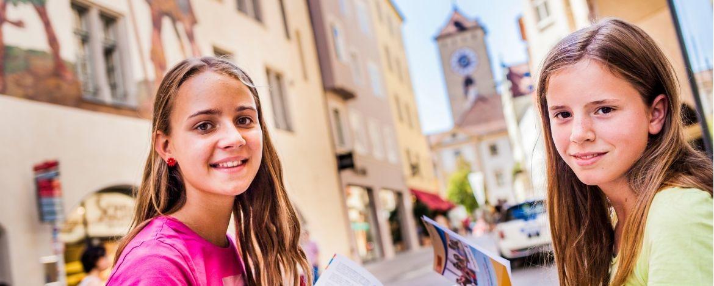 Regensburg - enge Gassen, gotischer Dom, Patrizierburgen und Steinerne Brücke