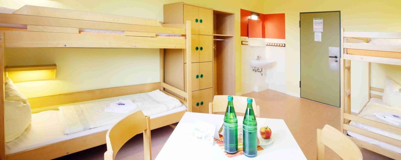 Mehrbettzimmer der Jugendherberge Schönberg an der Ostsee