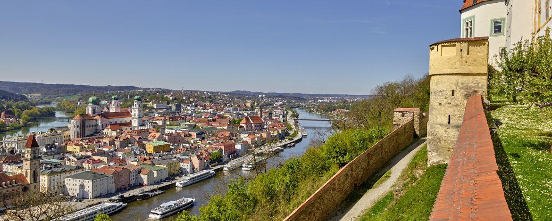 Blick vom Oberhausmuseum auf die Dreiflüsse-Stadt Passau