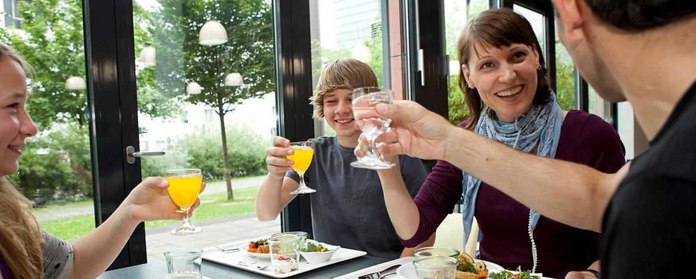 Familienurlaub Köln-Deutz
