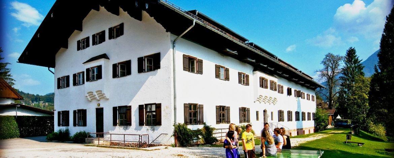 Haus Jenner in Berchtesgaden - ein großes Außengelände ist vorhanden