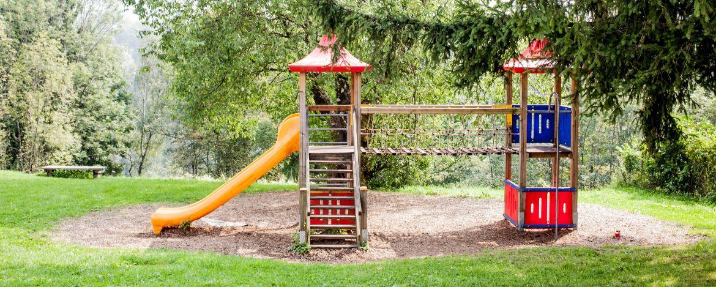 Spielplatz auf dem Gelände der Jugendherberge Berchtesgaden