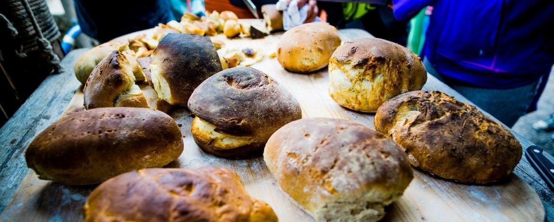 Brotbacken in der Jugendherberge