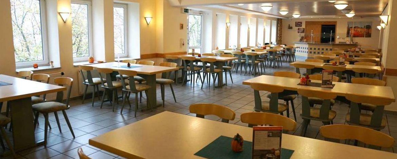 Kaffeespezialiäten in der Café-Bar der Jugendherberge Mainz