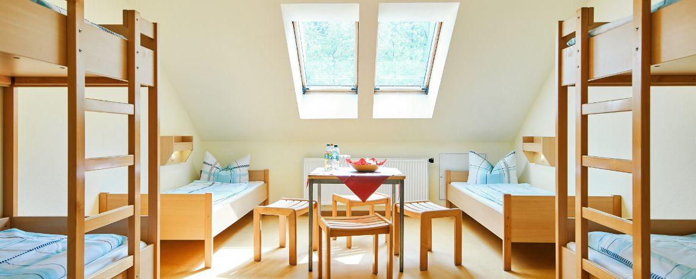Außengelände mit Spielplatz