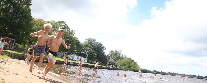 Badesee an der Jugendherberge Friedrichstadt