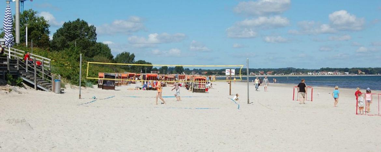 Strand vor der Jugendherberge Scharbeutz