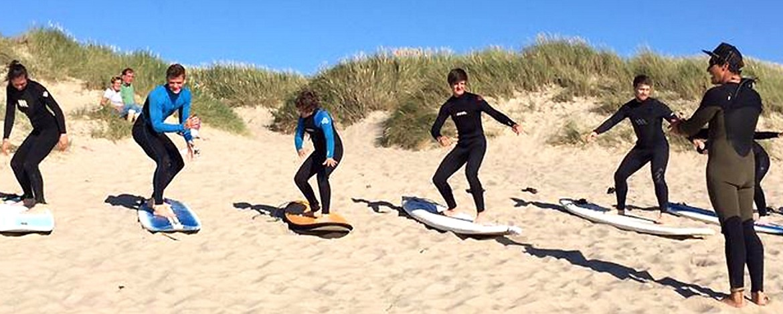 Anfänger Surfkurse der Jugendherberge Westerland auf Sylt