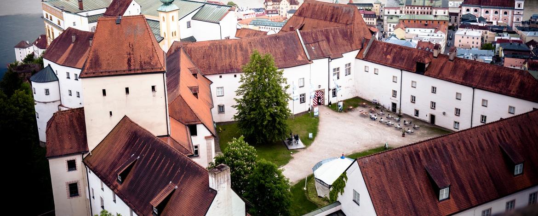 Innenhof des Mittelalter Museums in der Veste Oberhaus direkt an der Jugendherberge Passau