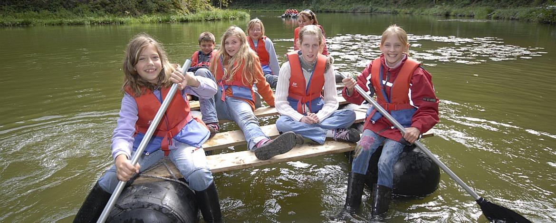 Erlebnisprogramm Floßbau
