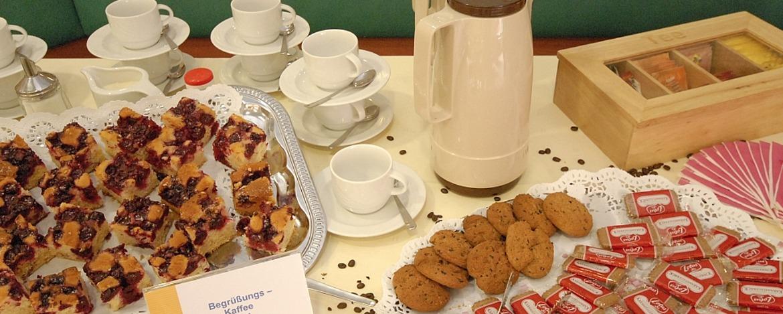 Kaffee und Kuchen in der Jugendherberge Saarbrücken