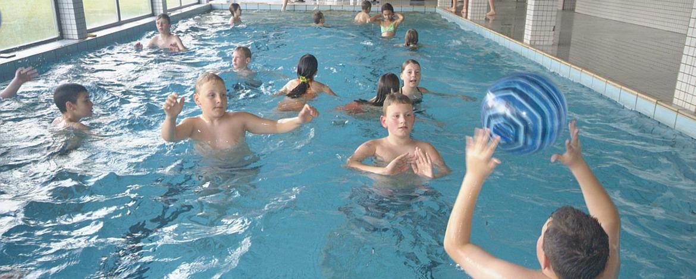Schwimmbad der Jugendherberge Sargenroth