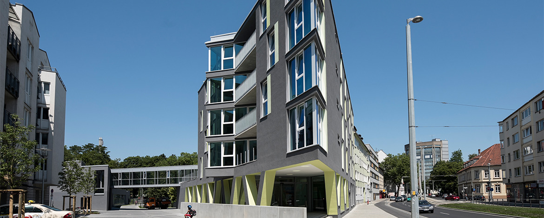 Burgplatz mit Braunschweiger Löwe