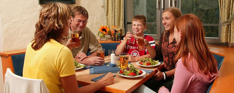 Restaurant Burgschänke in der Jugendherberge Altleiningen