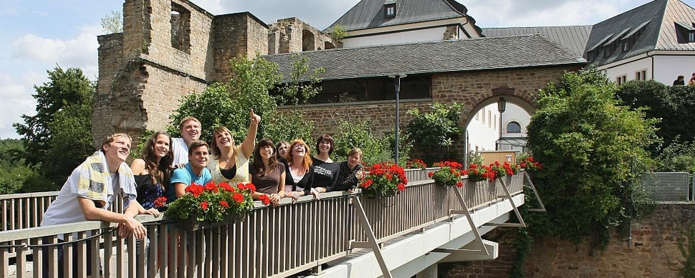 Terrasse der Jugendherberge Altleiningen