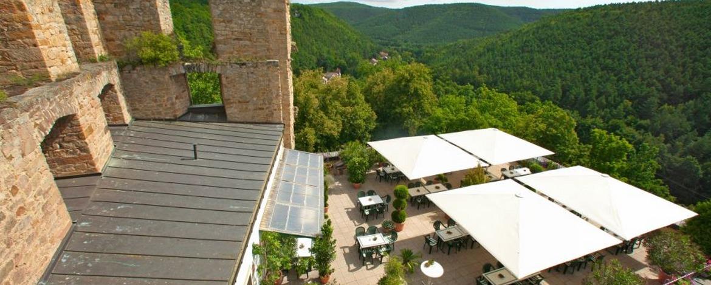 Blick von der Terrasse der Jugendherberge