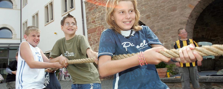 Teamspiele in der Jugendherberge Altleiningen