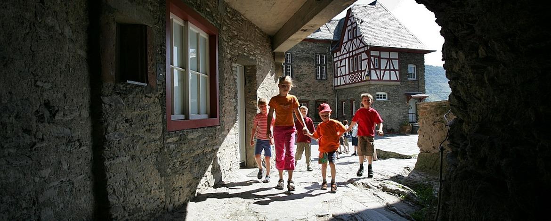 Innenhof der Jugendherberge Bacharach