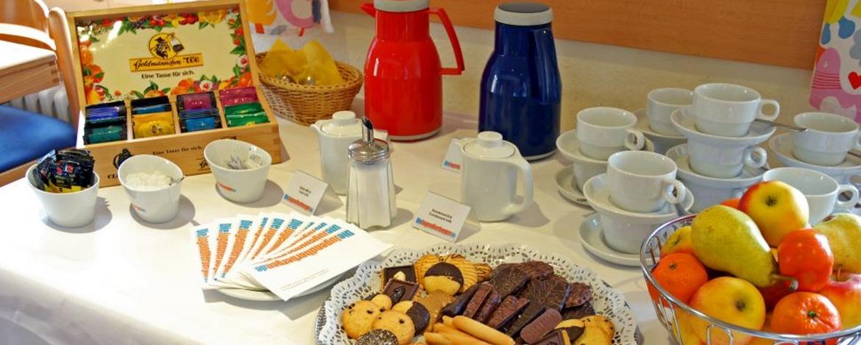 Kaffeetisch in der Jugendherberge Bacharach