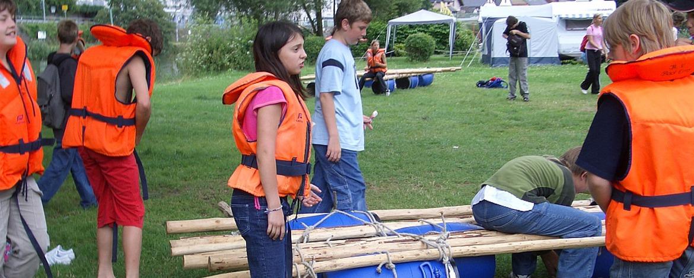 Erlebnisprogramm Floßbau in der Jugendherberge Bad Ems