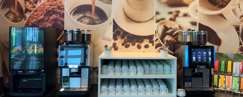Kaffee und Getränke zum Frühstück