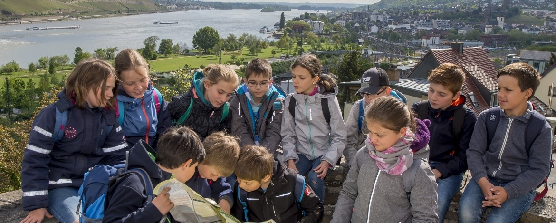 Blick ins Mittelrheintal von der Jugendherberge Bingen