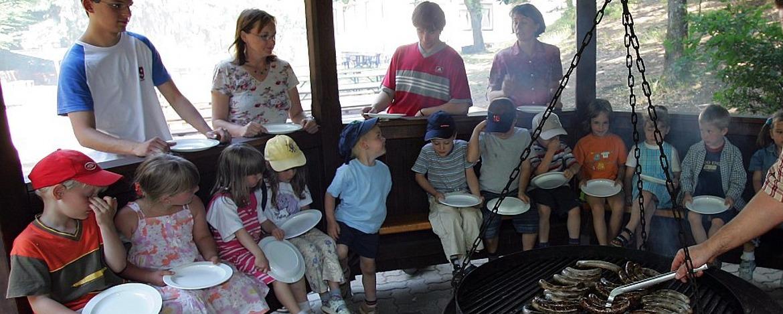 Grillstelle der Jugendherberge Dahn