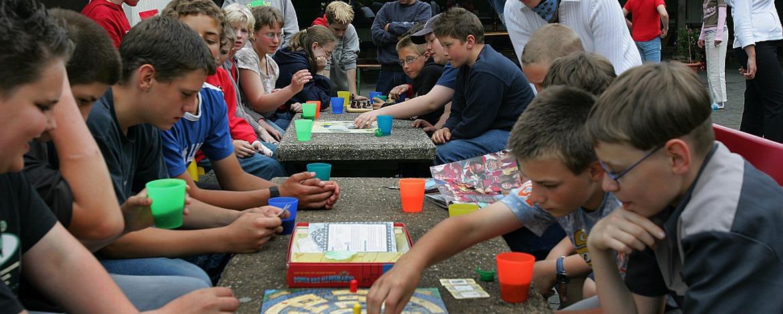 Gesellschaftsspiele in der Jugendherberge Gerolstein