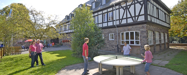 Außenbereich der Jugendherberge Hermeskeil