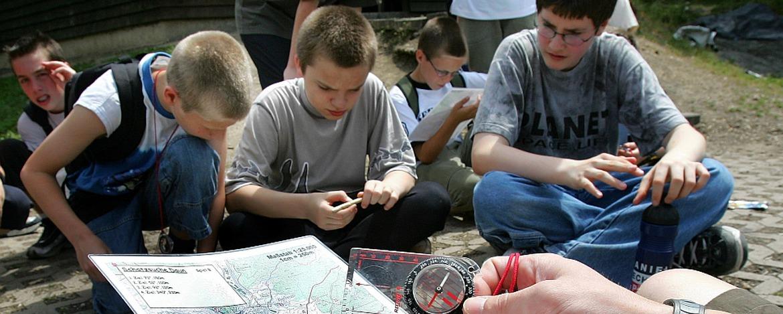 Mit Karte und Kompass unterwegs