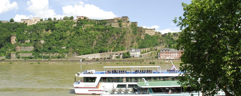 Blick vom Deutschen Eck auf die Festung
