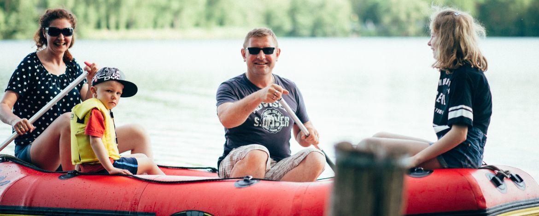 Unser Floß auf dem Kretzschauer See