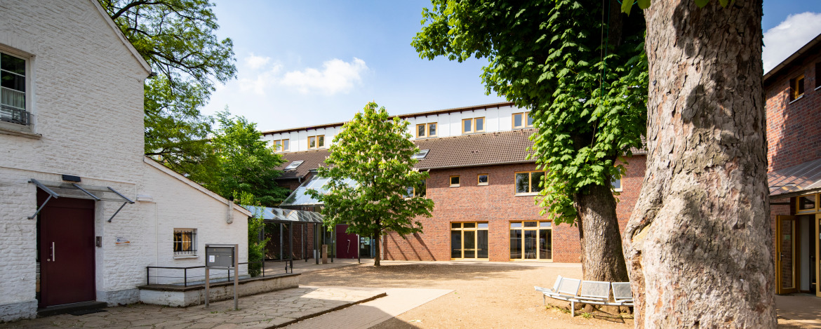 Youth hostel Neuss-Uedesheim