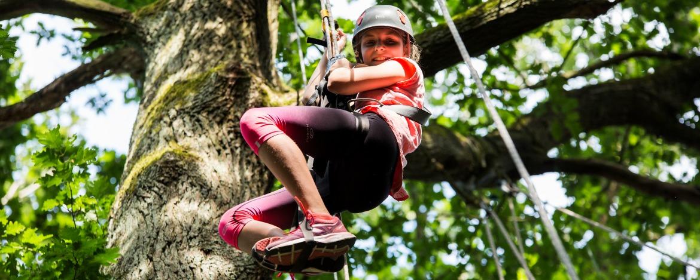 """Schöne """"Pferien"""" in der Eifel: Eine Ferienfreizeit der Jugendherberge Nideggen für Anfänger und fortgeschrittene Pferdeflüsterer"""