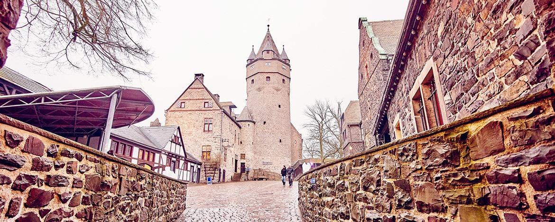 Ferienfreizeiten Altena, Burg