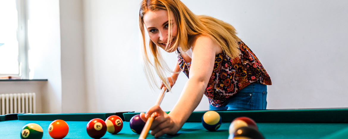 Billiardtisch in der Jugendherberge Bamberg