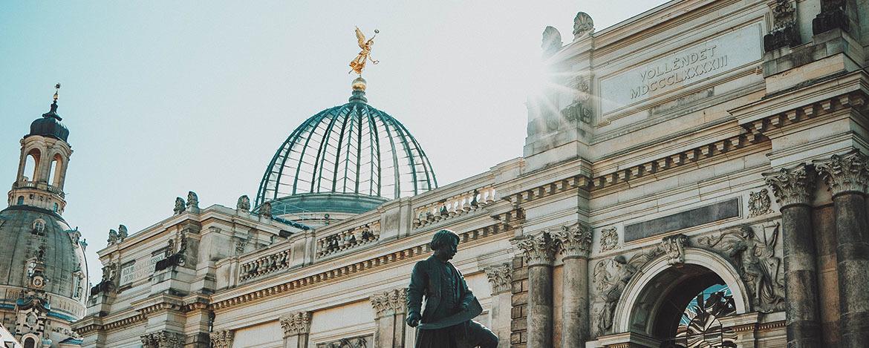 "Porträt Dresden ""Jugendgästehaus"""