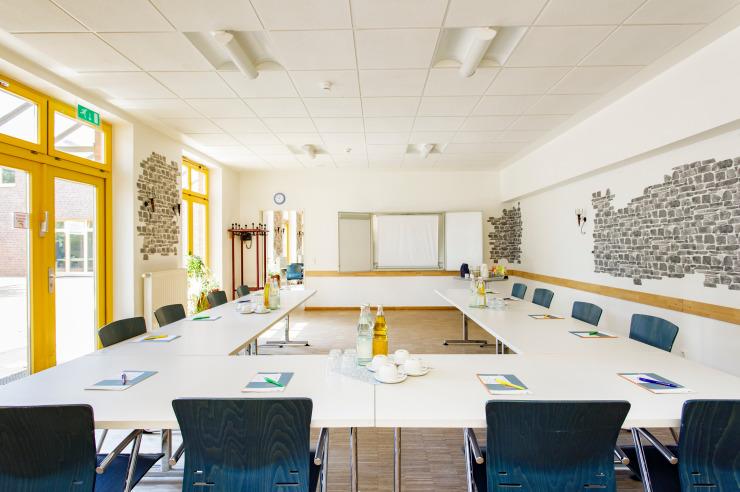 Seminarraum (Beispiel) der Jugendherberge Neuss-Uedesheim.