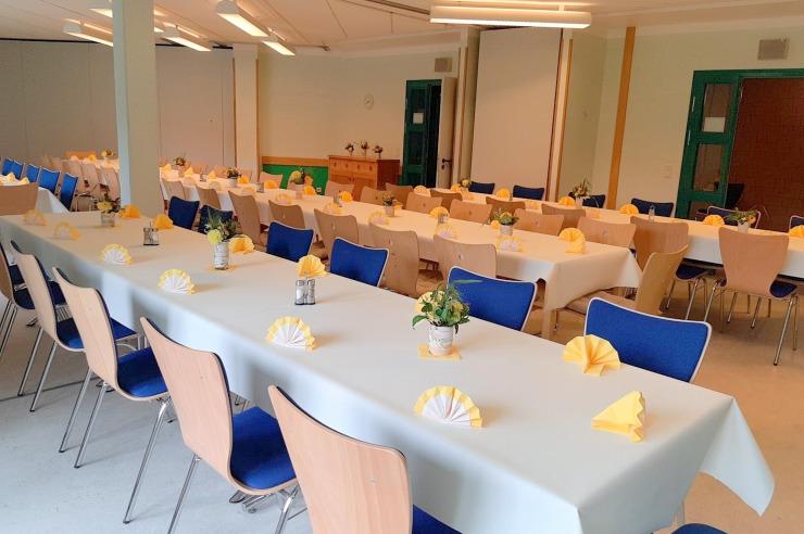 Festlicher Seminarraum der Jugendherberge Kappeln
